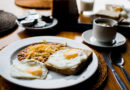 Networking breakfast fundraiser in Vankleek Hill