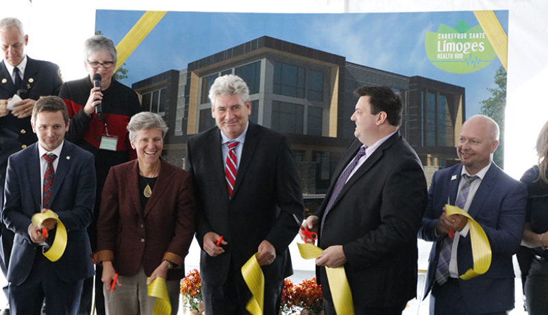 From left to right: Francis Drouin, federal MP for Glengarry-Prescott-Russell; Karen Pitre, special advisor to the Premier on community hubs; John Fraser, Parliamentary Assistant to the Minister of Health and Long Term Care; Vincent Detillieux, president of Saint Joseph Developments, and A.J. Plant, co-owner of Saint Joseph Developments. (All photos: Francis Tessier-Burns).