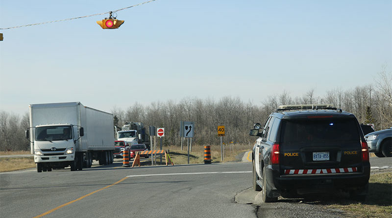 Eastbound Highway 417 closed near Vankleek Hill