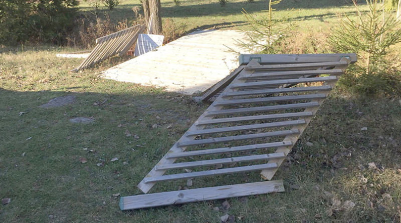 Good Samaritans step in after vandalism at small bridge on Prescott-Russell Trail