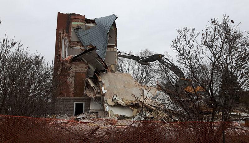 LS_Nov3017_Convent Demolition (12)