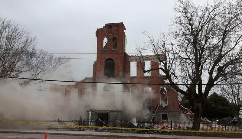 LS_Nov3017_Convent Demolition (19)