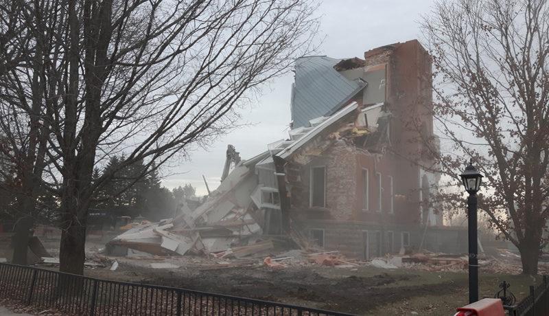 LS_Nov3017_Convent Demolition (2)