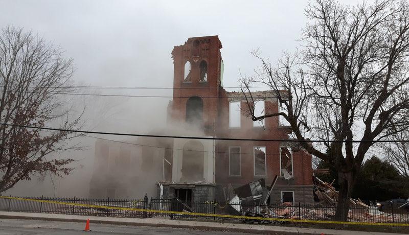 LS_Nov3017_Convent Demolition (20)