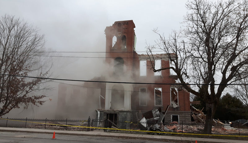 LS_Nov3017_Convent Demolition (22)