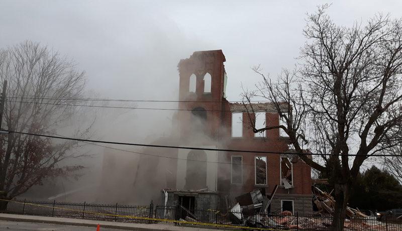 LS_Nov3017_Convent Demolition (25)
