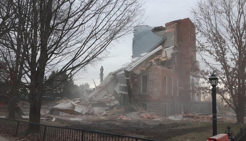 LS_Nov3017_Convent Demolition (3)