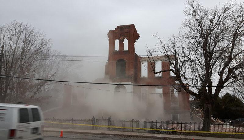LS_Nov3017_Convent Demolition (32)