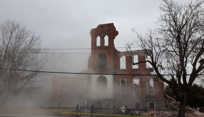 LS_Nov3017_Convent Demolition (34)