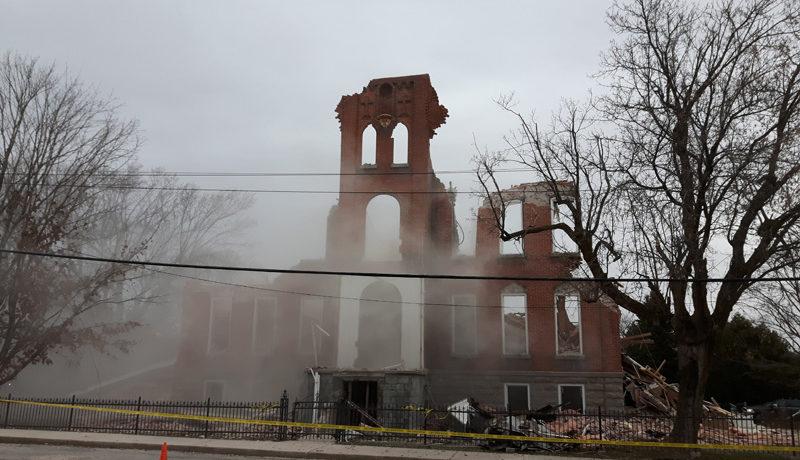 LS_Nov3017_Convent Demolition (38)