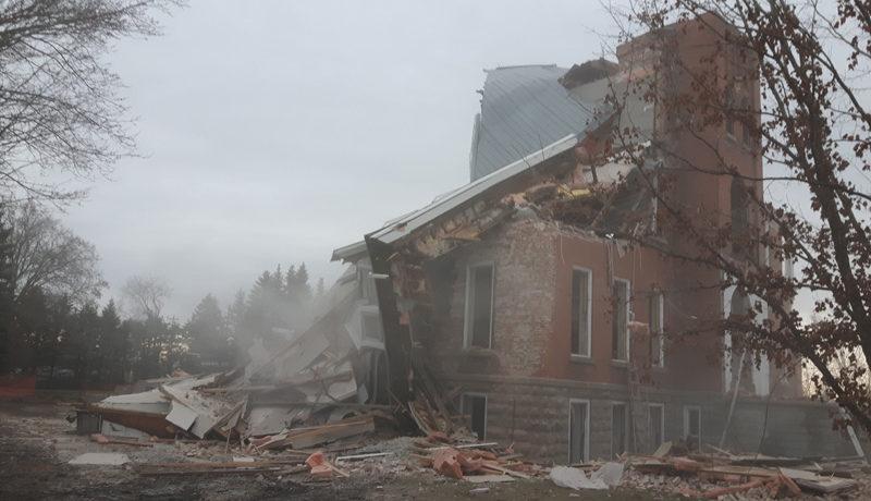 LS_Nov3017_Convent Demolition (4)