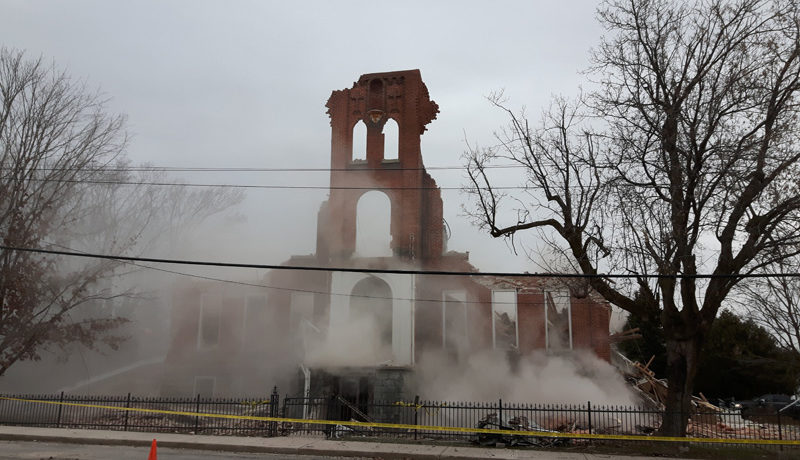 LS_Nov3017_Convent Demolition (41)