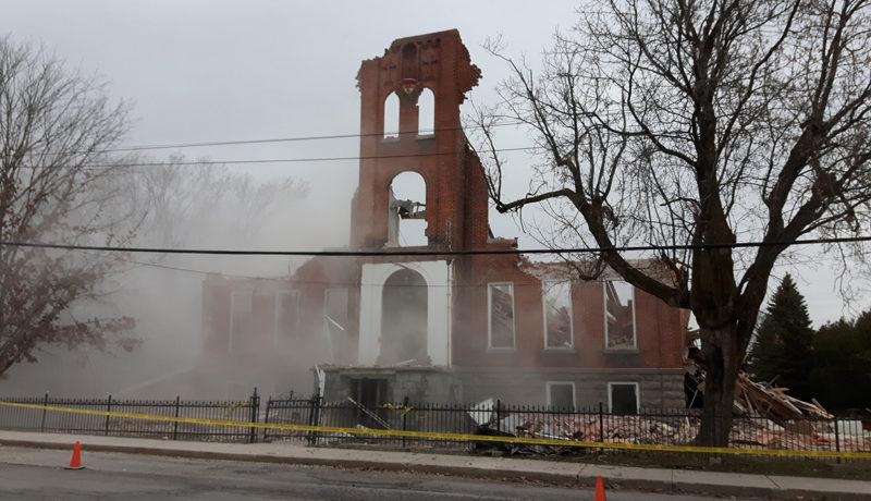 LS_Nov3017_Convent Demolition (42)