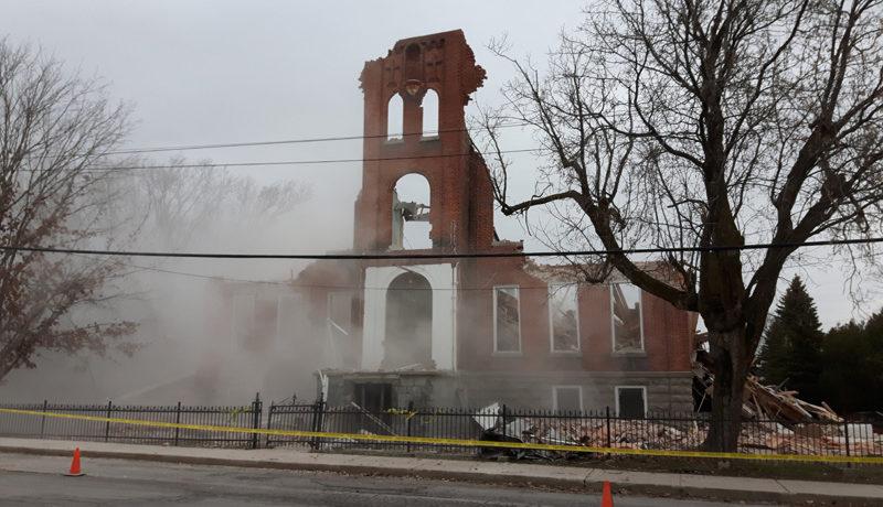 LS_Nov3017_Convent Demolition (43)