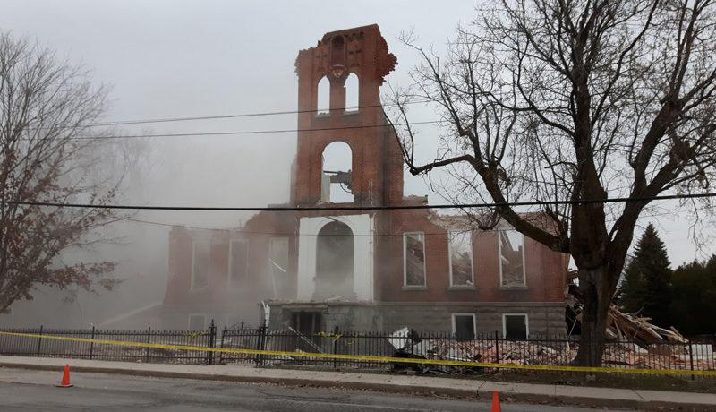 LS_Nov3017_Convent Demolition (44)