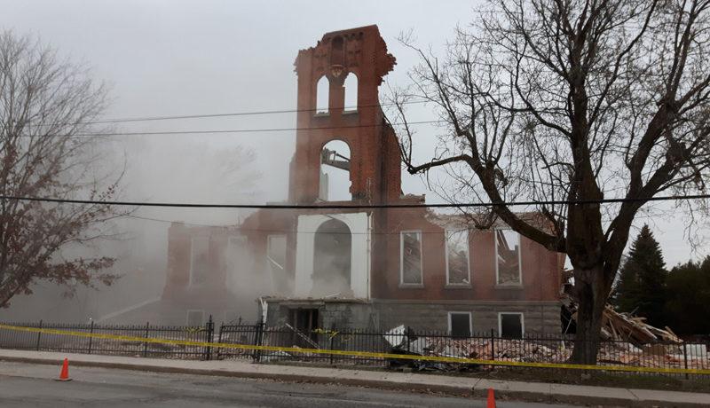 LS_Nov3017_Convent Demolition (45)
