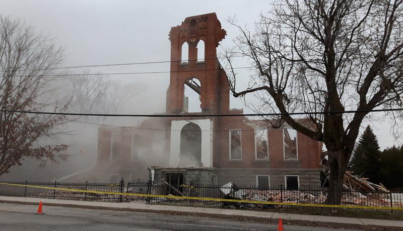 LS_Nov3017_Convent Demolition (46)