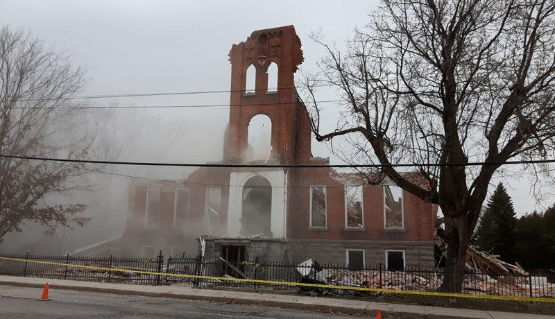 LS_Nov3017_Convent Demolition (48)