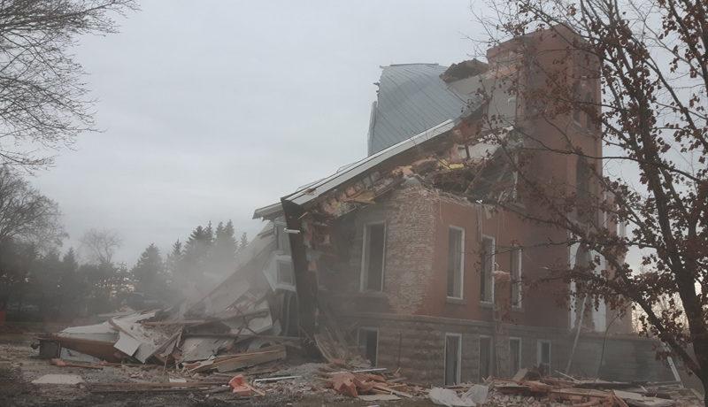 LS_Nov3017_Convent Demolition (5)