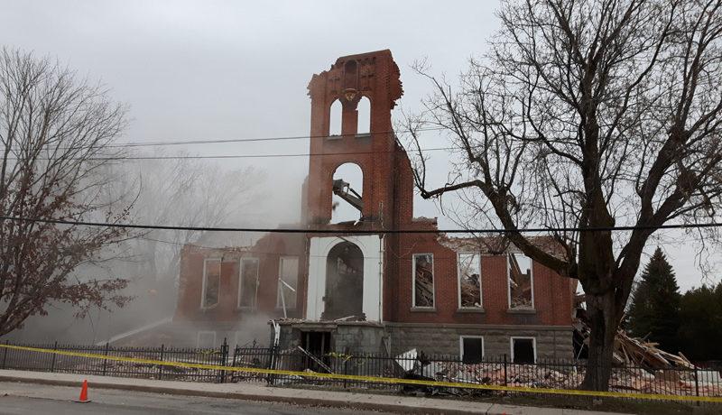 LS_Nov3017_Convent Demolition (50)