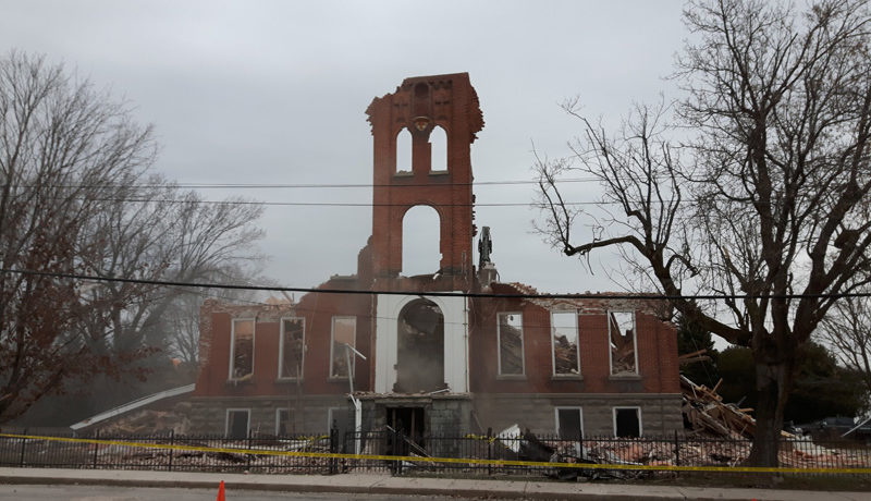 LS_Nov3017_Convent Demolition (55)