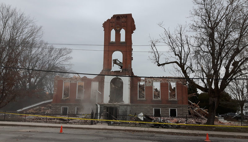 LS_Nov3017_Convent Demolition (59)