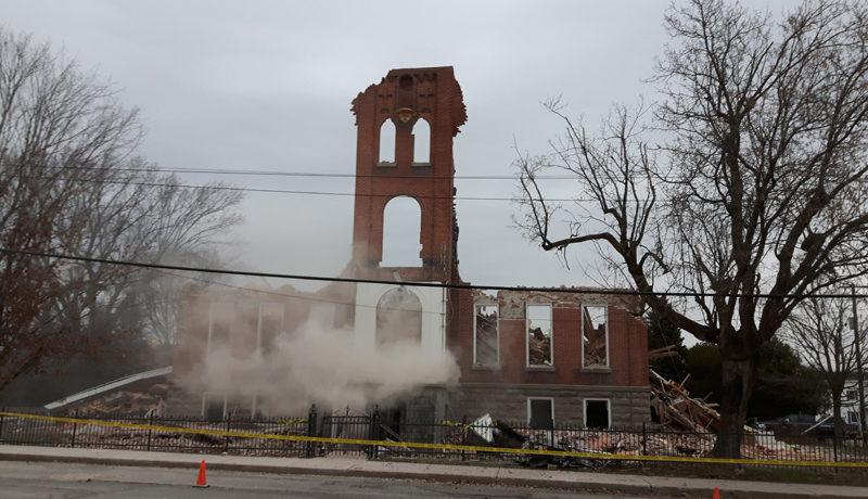 LS_Nov3017_Convent Demolition (63)