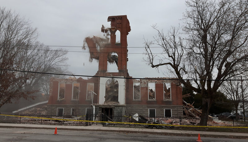 LS_Nov3017_Convent Demolition (68)