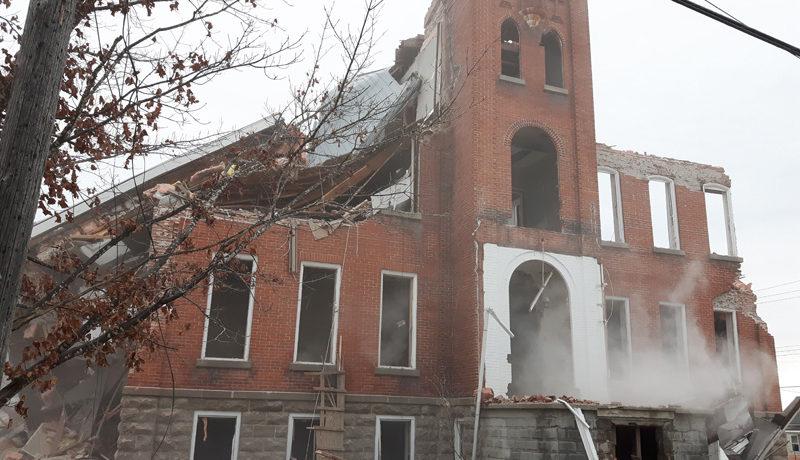 LS_Nov3017_Convent Demolition (7)
