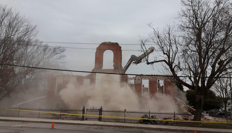 LS_Nov3017_Convent Demolition (74)