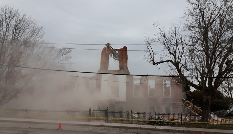 LS_Nov3017_Convent Demolition (81)