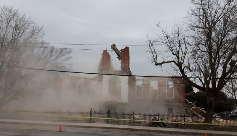 LS_Nov3017_Convent Demolition (82)