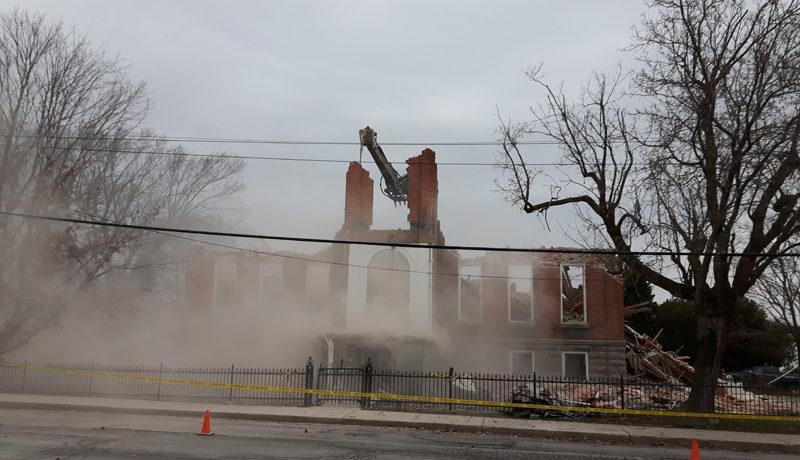 LS_Nov3017_Convent Demolition (83)
