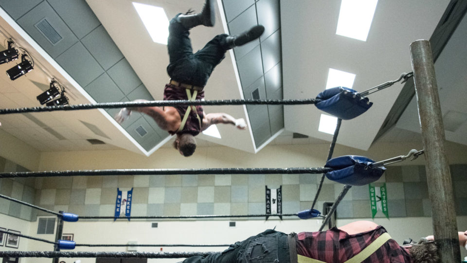 cb_2018feb02_wrestling_carnageatthecarnival_14_web