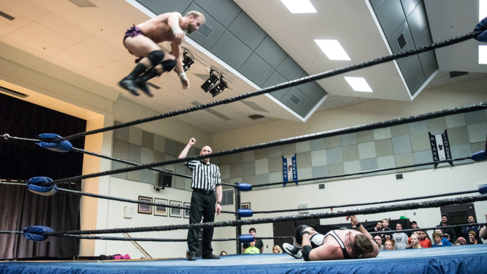 cb_2018feb02_wrestling_carnageatthecarnival_19_web