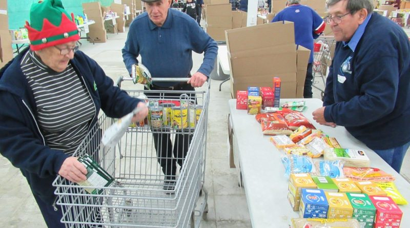 Find out how to help in your community: Guignolée and Christmas basket season is here