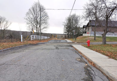 Semi-detached dwellings proposed for vacant land at end of Union Street; zoning amendment required