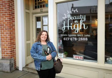 Vankleek Hill beauty salon owner defying shutdown says it is a matter of survival