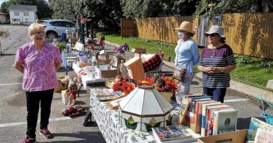 Vankleek Hill and District Nature Society holds first fall fundraiser sale
